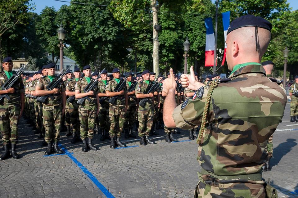 ESTERHAZY SUR LES CHAMPS dans activites 14-juillet-2013-paris